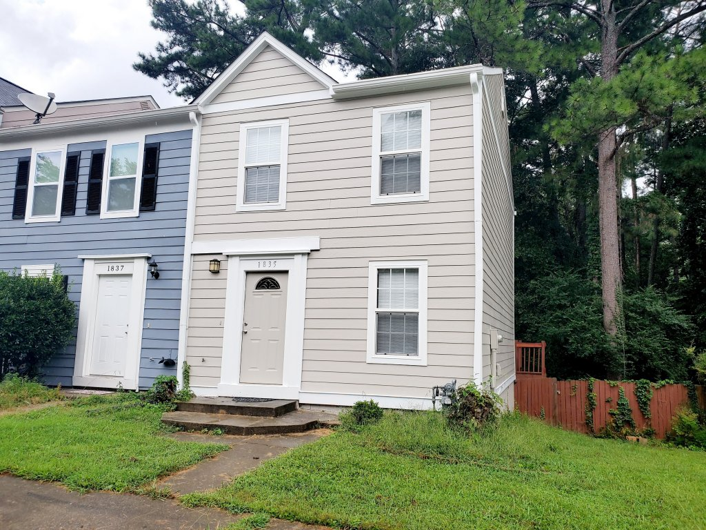 property_image - Townhouse for rent in Smyrna, GA